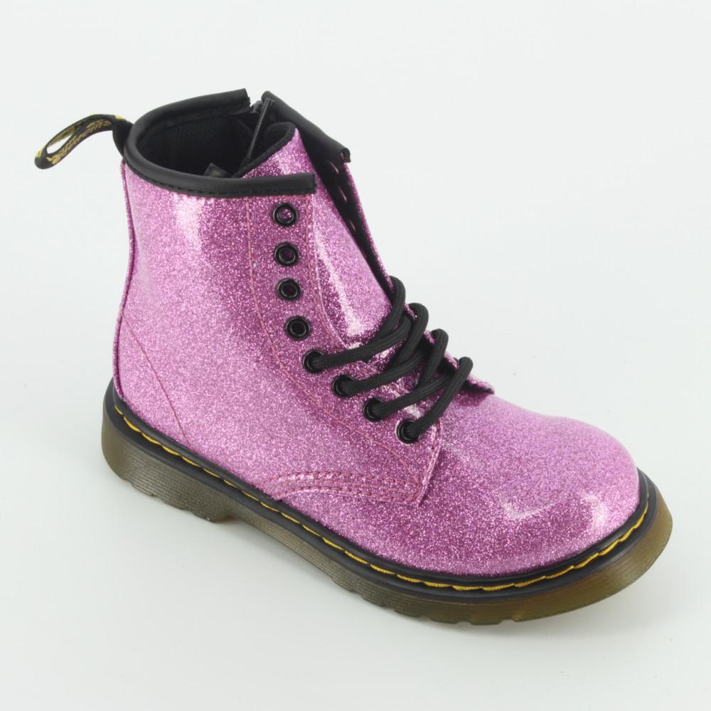 colori e suggestivi ordinare on line molti alla moda stivali